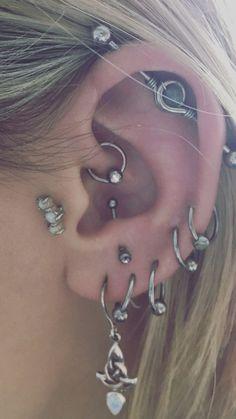 Sterling Silver Ear Cuff, 14 Gauge Faux Conch Earring, No Piercing Needed - Custom Jewelry Ideas Daith Piercing, Piercing Face, Cool Ear Piercings, Ear Peircings, Piercing Tattoo, Tongue Piercings, Jewelry Tattoo, Ear Jewelry, Cute Jewelry
