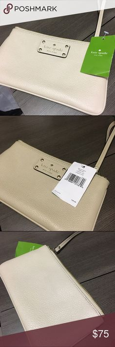 """Kate Spade Beige Wristlet Zippered Chrissy NWT! Kate Spade seed pearl color zippered Chrissy wristlet - Berkshire Road - WLRU1004 - new with tags!!! 8.5"""" x 5"""" x 1"""" - strap drop 6"""" kate spade Bags Clutches & Wristlets"""