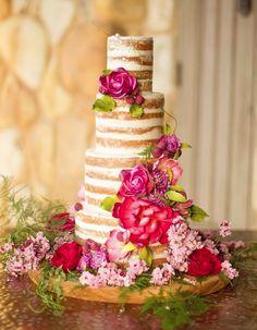 Wedding Cakes that are Elegantly Simple; Floral Design: Krista Jon