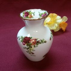 """Vintage Royal Albert Old Country Roses Petite Vase - 1962 - Fine Bone China, England, 3.75"""" tall, 1.75"""" Across Top, 3"""" width, PERFECT! by AmazingFun on Etsy"""