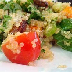 Quinoasalat mit frischer Minze, Mandeln und Cranberries @ de.allrecipes.com