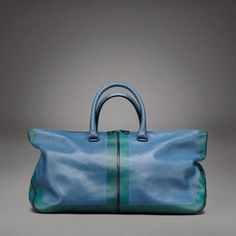 BOTTEGA VENETA TOTE: love this for a travel tote