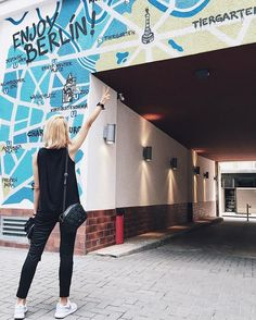 Enjoy Berlin! .. Always ❤️ :) #berlin #berlinstagram #berlinmitte #ichliebeberlin #berlindesign #dmyberlin #mural #travelingram #travel #travelinstyle #citybreak #getaway #travelingourplanet #beautifulplaces