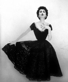 Dovima for Vogue US, 1951