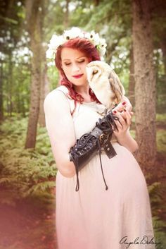Pregnant woman with owl