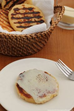 Arepas con queso Colombia receta