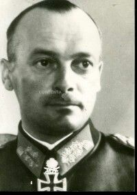 General der Infanterie Karl Friedrich Wilhelm Schulz ,, Fritz'' (15 October 1897 - 30 November 1976), commander III. Armeekorps, 17. Armee, Heeresgruppe Süd.  Knight's Cross on 29 March 1942 as Oberst im Generalstab and chief of the general staff of the XXXXIII Armeekorps,  428th Oak Leaves on 20 March 1944 as Generalleutnant and acting commander of the III. Panzerkorps, 135th Swords on 26 February 1945 as General der Infanterie and commander-in-chief of the 17. Armee.
