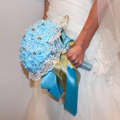 ramo-novia-azul1 Hanukkah, Wreaths, Decor, Wedding Bouquets, Boyfriends, Decoration, Door Wreaths, Deco Mesh Wreaths, Decorating