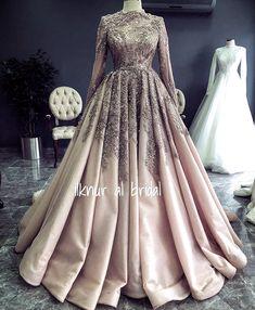 ✔ Dress With Sleeves Formal Simple – Hijab Fashion 2020 Dresses Elegant, Most Beautiful Dresses, Simple Dresses, Dresses With Sleeves, Turkish Wedding Dress, Hijab Fashion, Fashion Dresses, Muslim Wedding Dresses, Dress Wedding