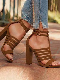 Buckle Design Hollow Out Chunky Heel Sandalen / / / / / / / … - Schuhe Stilettos, Pumps Heels, Stiletto Heels, High Heels, Heels Outfits, Sandals Outfit, Heeled Boots, Shoe Boots, Heeled Sandals