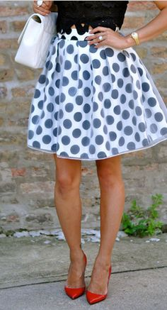 Polka dots & a pop of red http://rstyle.me/n/nrpdsn2bn
