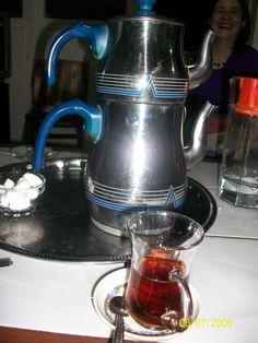 Turkish Tea Pot, Bursa Turkey 2009  http://ibourl.com/uow