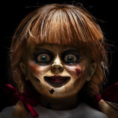 Annabelle Comes Home movie 2019 box office detail release date cast budget story hit or flop Hollywood box office collection Annabel. Scary Movies, Horror Movies, Annabelle Horror, Creepy Old Photos, Annabelle Doll, Scary Wallpaper, The Exorcist, Maquillage Halloween, Iconic Movies