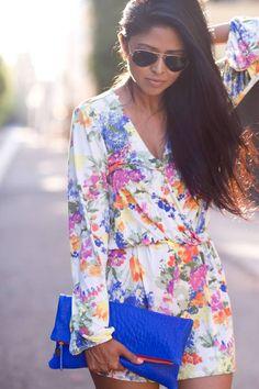 v-neck floral dress #street #style www.loveitsomuch.com