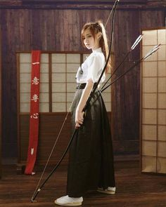 Collection of photos showing the beauty of Japan including landscape photos,Japanese martial arts, Samurai history and beautiful Japanese women. Geisha, Japanese Culture, Japanese Girl, Samurai Girl, Karate, Character Inspiration, Character Art, Poses References, Warrior Girl