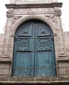 Quito: Iglesia La Merced by zug55, via Flickr