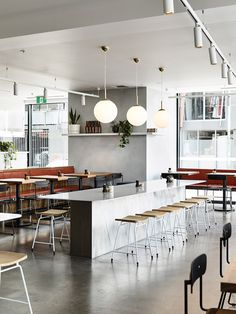 Located in Melbourne's eastern suburb of Northcote, Bicycle Thieves by Pierce Widera is an eatery that pays homage to its Italian namesake. Banquette Dining, Dining Area, European Cafe, Traditional Benches, Cafe Restaurant, Restaurant Interiors, Mim Design, Timeless Bathroom, Communal Table