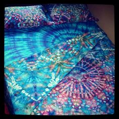 Honeymoon! tye dye a set of good quality sheets and pillow cases, as well as some shirts as a fun camping activity!