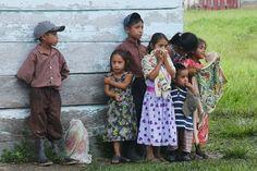 Niños en la selva Lacandona. Foto: Germán Canseco