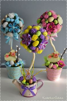 Pin by Ankica on Bouquets Easter Tree, Easter Wreaths, Easter Projects, Easter Crafts For Kids, Diy Y Manualidades, Easter Table Decorations, Easter Activities, Craft Fairs, Diy And Crafts