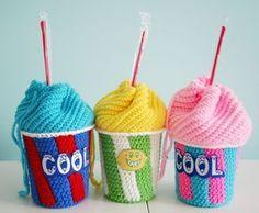 Make It: Slushie Cup Drawstring Bags - Free Crochet Pattern #crochet #amigurumi #free #ravelry