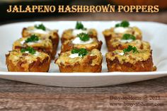 Jalapeno Hashbrown poppers Yummy Appetizers, Appetizer Recipes, Poppers Recipe, Food Combining, Recipe For 4, Quick Easy Meals, Finger Foods, Good Food, Food And Drink