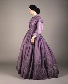 Lilac-colored tamboured muslin dress from the 1860s. Western Scotland, renowned for tamboured muslin.