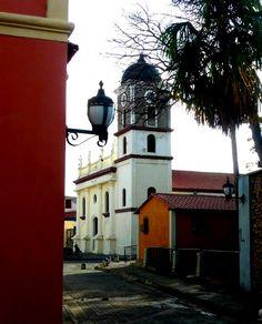 Calle La Jeringa, Pto Cabello, Venezuela