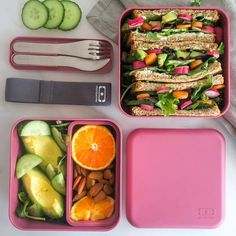 monbento sur Instagram: 🇬🇧 The MB Square is the bento box for big appetites! Just like @pastryandtravel you can use it to carry your generous sandwiches!⠀ ➡️… Healthy School Lunches, Healthy Snacks, Healthy Eating, Kids Cooking Recipes, Vegan Recipes, Work Meals, Lunch Box Recipes, Lunch Meal Prep, Bento Box