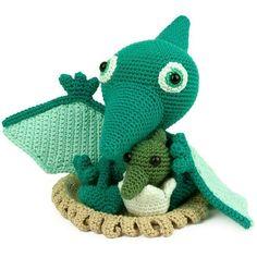 Mesmerizing Crochet an Amigurumi Rabbit Ideas. Lovely Crochet an Amigurumi Rabbit Ideas. Crochet Dinosaur Patterns, Crochet Stitches Patterns, Crochet Designs, Crochet Gifts, Cute Crochet, Crochet Yarn, Crochet Patterns Amigurumi, Amigurumi Doll, Dragon En Crochet