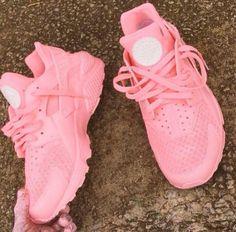 Pastel pink hurache