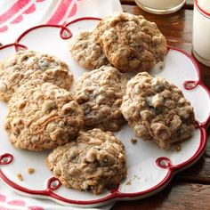 Old-Fashioned Oatmeal Raisin Cookies~uses a spice cake mix. I'm definitely going to try these.