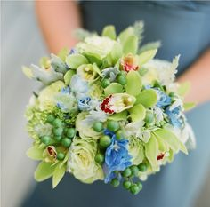inspiration for bridesmaids bouquets...but more white/cream than green...like the fresh look