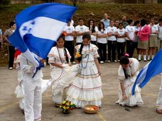 Honduras Travel, Latin Dance, Nature Decor, Central America, Traditional Dresses, Character Inspiration, Around The Worlds, Google Search, Recipes