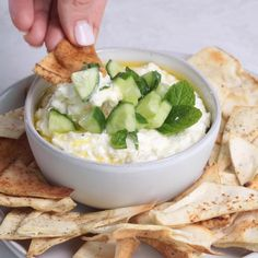 This Creamy Feta Dip is a simple crowd pleasing Mediterranean inspired appetizer and healthy snack that is very easy to prepare for parties and potlucks recipevideo foodvideo diprecipe entertaining healthyappetizer snack potluckrecipes via # Potluck Recipes, Dip Recipes, Vegetarian Recipes, Cooking Recipes, Healthy Recipes, Healthy Dips, Healthy Good Food, Easy Healthy Appetizers, Health Appetizers