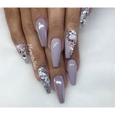 Bling coffin nails nail art gallery to fall nail art ideas Glam Nails, Hot Nails, Hair And Nails, White Stiletto Nails, Grey Acrylic Nails, Kat Von D, Coffin Nails, Nail Art For Beginners, French Nail Designs