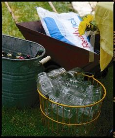 my kind of party- beer in the tub, mason jar glasses & ice in the wheelbarrow