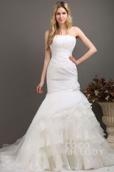 Unique Trumpet-Mermaid Sweetheart Dropped Chapel Train Tulle and Organza Ivory Sleeveless Lace Up-Corset Wedding Dress with Appliques Tiered and Pleating CWLT130E2cocomelody#weddingdress#bridal#gowns#