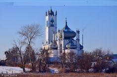 Мошни. Спасо-Преображенська церква - шедевр архітектури. 1830-39 рр.