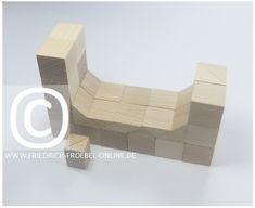 Bett aus Bausteinen - sog. Lebensform (Nachgebautes aus dem Alltag) mit der Spielgabe 5