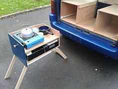 Citroen Berlingo camper combines the ideas of a chuck box with the ideas of a part time camper van, for an out door kitchen Car Camper, Mini Camper, Camper Trailers, Truck Camping, Camping Hacks, Citroen Berlingo Camper, Kangoo Camper, Kombi Home, Combi Vw