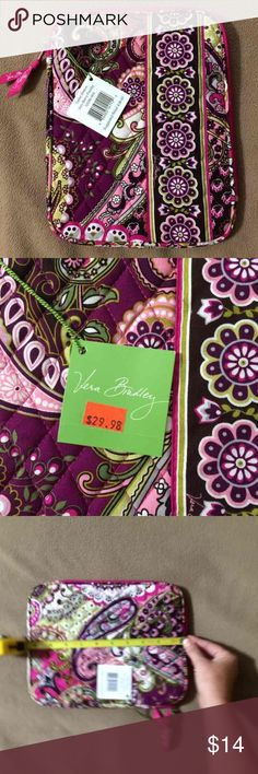 NWT- Vera Bradley Tablet Holder Vera Bradley Tablet Holder in Very Berry Paisley. #12038-063.  Original retail: $38 BNWT- Never Used Measurements in 3rd & 4th pics Vera Bradley Accessories Tablet Cases