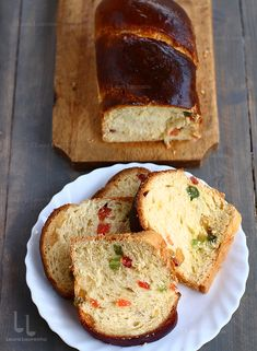 Facebook Recipe, Biscuit Bread, Romanian Food, Bread Cake, Pudding Cake, Confectionery, Cake Art, Crepes, Cake Cookies