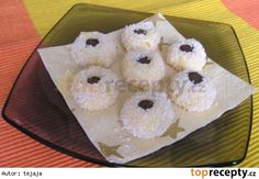Kokosova  očka Czech Recipes, Holiday Recipes, Christmas Recipes, Doughnut, Christmas Cookies, Muffin, Food And Drink, Pudding, Breakfast