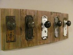Perchero rústico único - Rustic Antique Coat Rack One of a Kind by BytheRiverFurniture