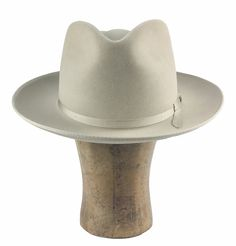 """the """"hardliner"""" is a stiffer version of the iconic stetson stratoliner. made exclusively for hatWRKS, nashville stiffened fur felt teardrop fedora crown bound brim 2 grosgrain ribbon hatband (feather/pin optional) leather sweatband made in usa Mens Dress Hats, Men Dress, Hat Stores, Sharp Dressed Man, Cool Hats, Hats For Men, Fedoras, Mens Fashion, My Style"""