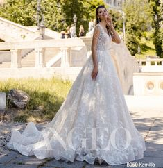 This dress from new collection Brilliance was created to subdue each girl its style and beauty 🌹 Luxury Wedding Dress, Wedding Dress Shopping, Wedding Dresses, Bridal Gowns, Wedding Planner, Brides, Beauty, Collection, Book