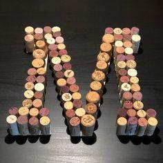 Wine Cork Letters, Wine Cork Art, Wine Cork Crafts, Diy Letters, Wine Corks, Wine Cork Projects, Diy Craft Projects, Cork Christmas Trees, Champagne Corks