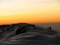 Sonnenaufgang auf knapp 6.000 Metern