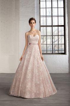 Cosmobella Style 7758: Cosmobella wedding dress 2016 collection : http://www.itakeyou.co.uk/wedding/cosmobella-wedding-dress-2016 #weddingdress #weddingdresses